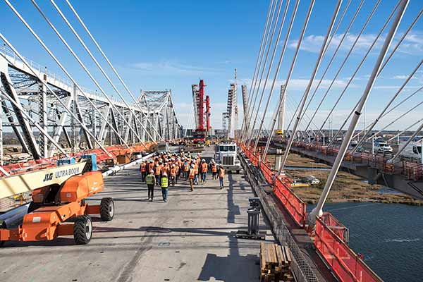 Students tour the Goethals Bridge replacement project construction site with Kiewit engineers